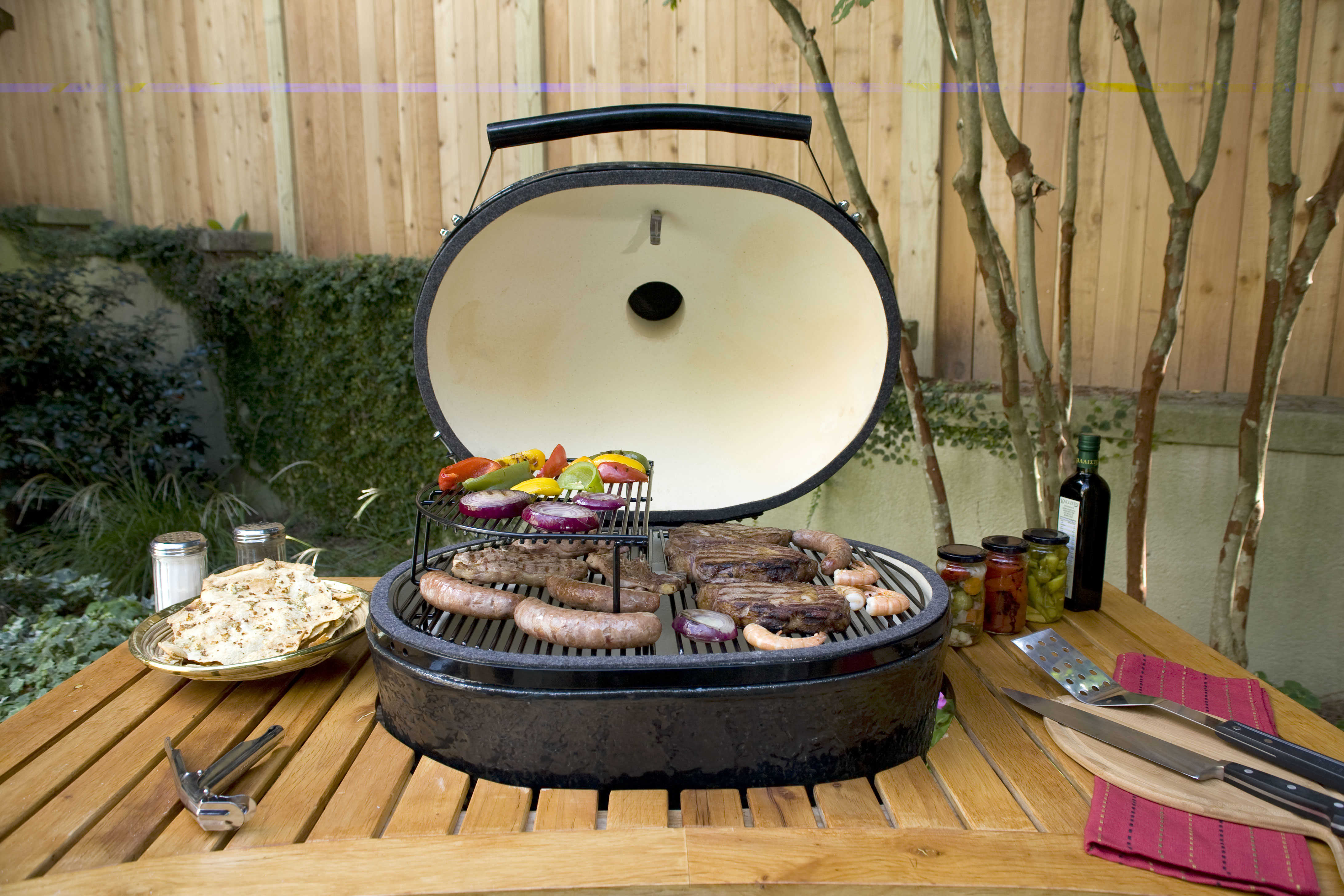 Primo Ceramic Charcoal Smoker Grill Oval Xl 400 New